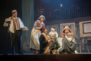 Aitor Basauri, Toby Park, Sophie Russell & Petra Massey in Spymonkey's A Christmas Carol. Photograph by Johan Persson_04712 (Small)